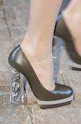 . verdaderamente hermosos y elegantes,. los hemos visto en fashionising y . marco de vincenzo zapatos