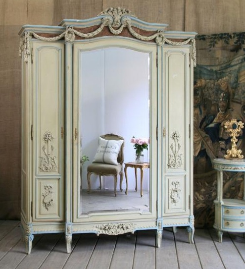 Reproduction french country furniture and antique party for French reproduction furniture
