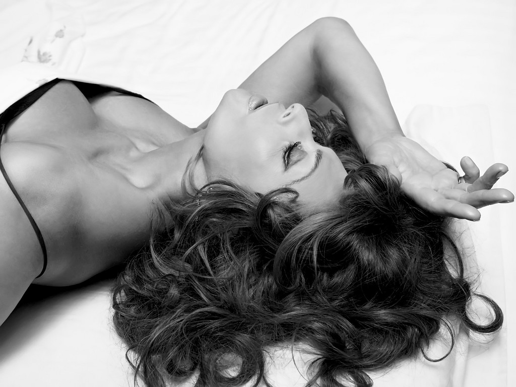 http://3.bp.blogspot.com/-psFfnFMxlNQ/T0IEk5gdDDI/AAAAAAAAEtY/J5sw_jn5Nt0/s1600/Sophia+Loren-0026.jpg