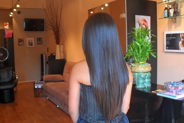 model rambut layer panjang dari belakang