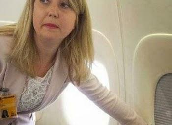 Γιατί οι αεροσυνοδοί ζητούν να είναι ανοιχτά τα κλείστρα των παραθύρων κατά την απογείωση/προσγείωση;