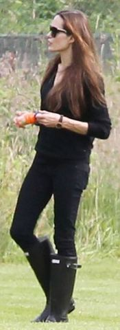 Angelina+Jolie+wears+Hunter Wellington boots Angelina Jolie x Hunter Wellington Boots in Black
