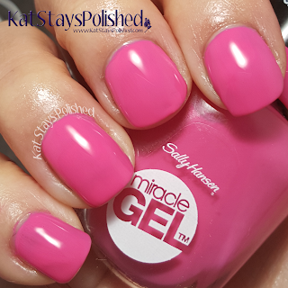 Sally Hansen Miracle Gel - Poolside Paradise - Rum Punch | Kat Stays Polished