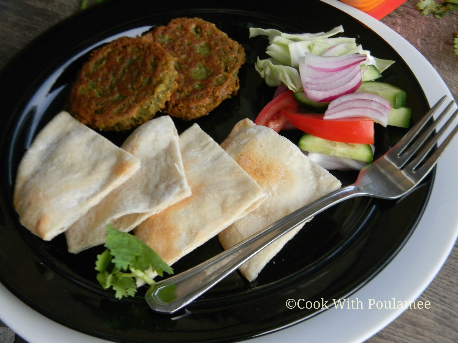 Cook With Poulamee: Pita Bread, Pan Fried Falafel and Tahini Sauce: A ...
