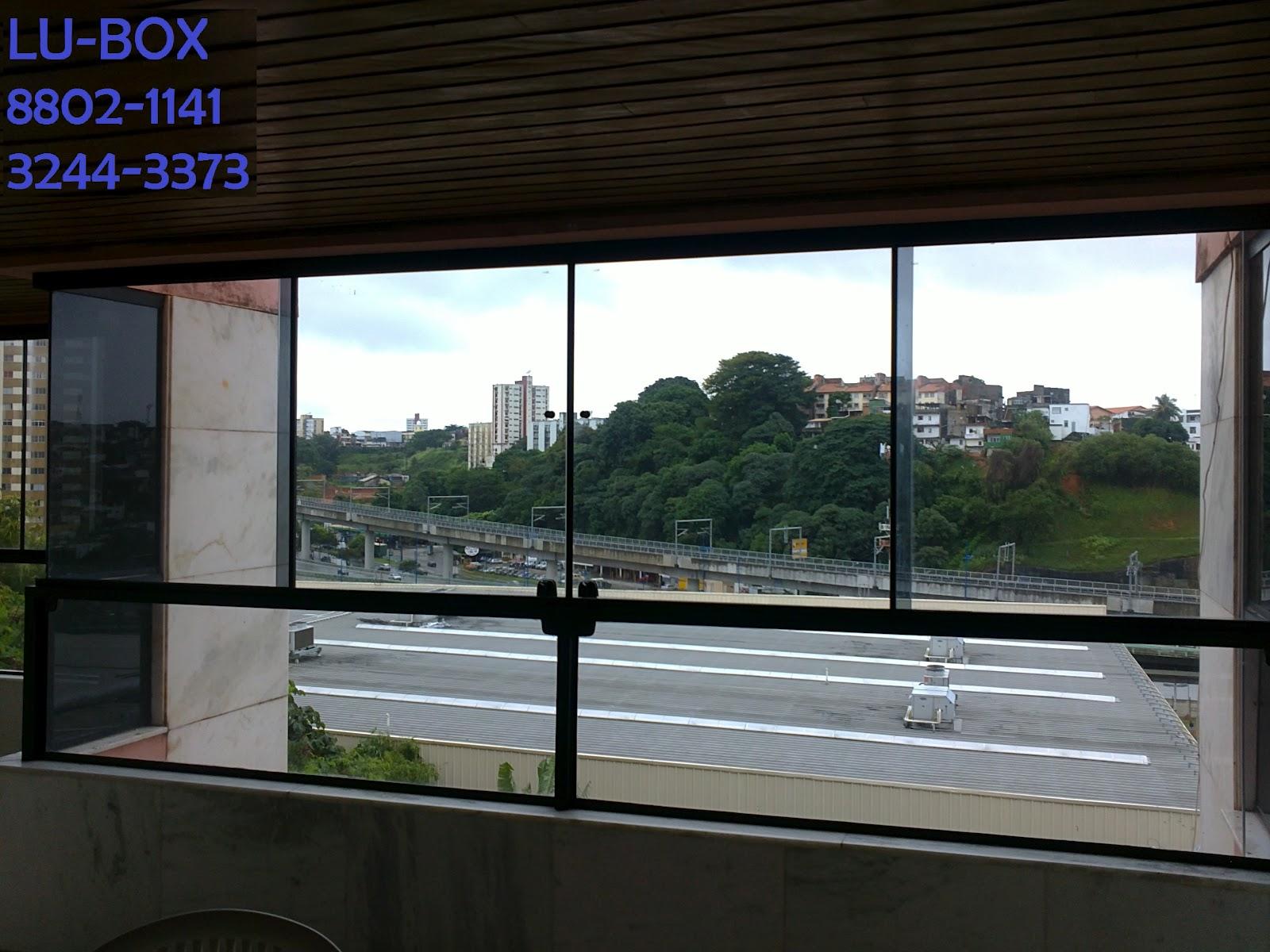 #2B32A0 AluKit Box para Banheiro: BOX DE VIDRO INCOLOR TEMPERADO 310 Janelas De Vidro Temperado Em Arco
