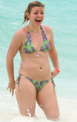 Kelly Clarkson Bikini Photos