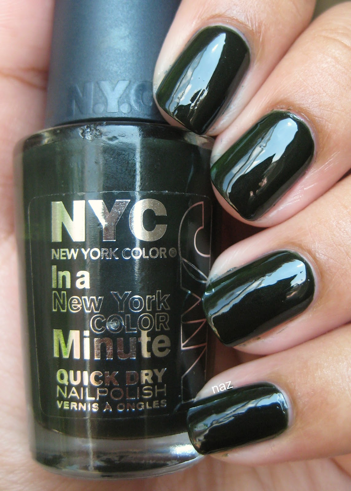 Naz\'s Nails: NYC Flat Iron Green