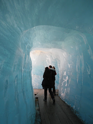 Interior del glaciar del Ródano, Suiza
