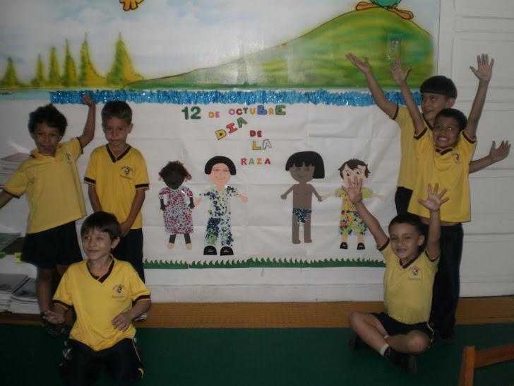 ¡Qué lindo mural  realizamos el Día de la Raza