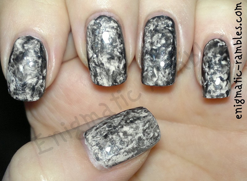 Marble Nail Polish With Plastic Bag To Bend Light
