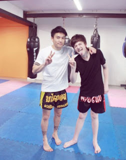 Greyson and his tongue go boxing Thailand 2012