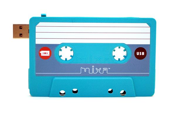 Mixa - Pen drive em formato cassete audio - vintage style