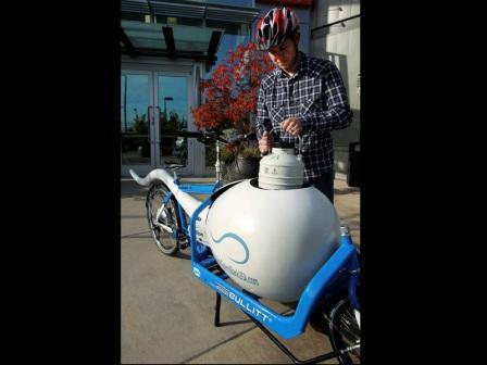 sepeda pengangkut sperma