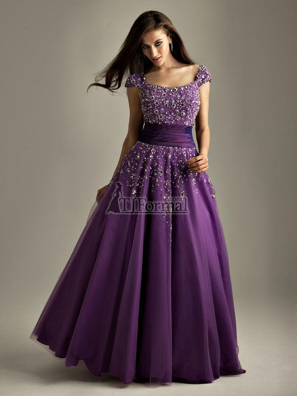 Asombroso Vampire Wedding Dress Cresta - Ideas para el Banquete de ...