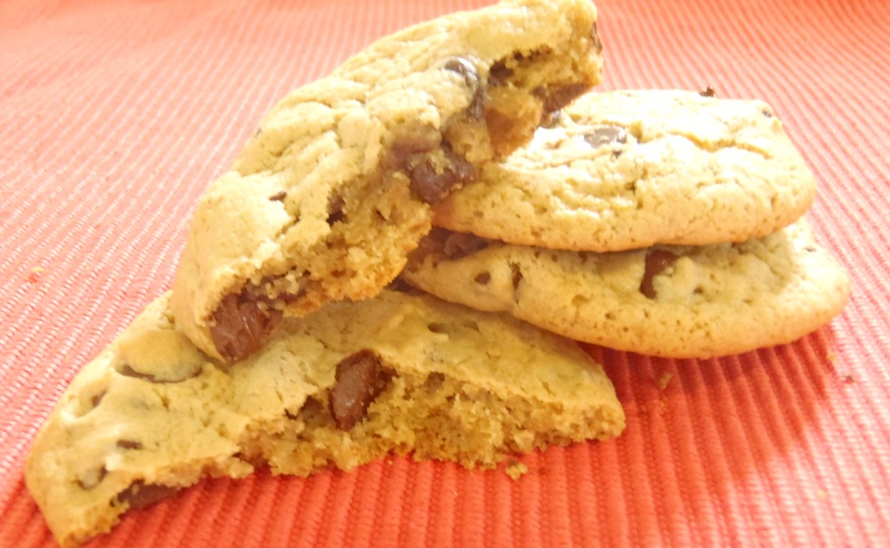 ... Peg's Recipe Box: MARYLAND- Chewy Peanut Butter Chocolate Chip Cookies
