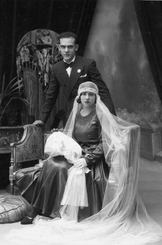 Vestido de novia negro historia