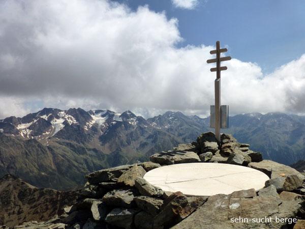 Sehn sucht berge gawelzspitze 3175 m und valvelspitze for Kleiner marmortisch