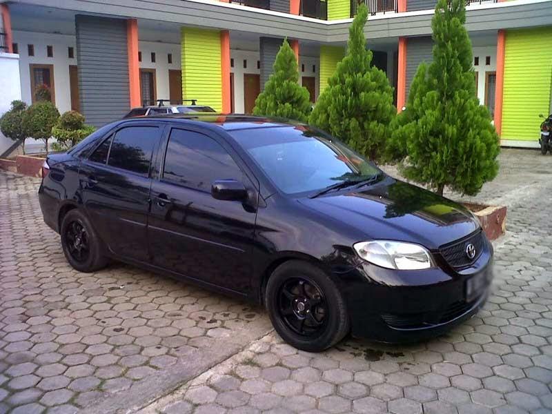 modifikasi mobil toyota vios warna hitam