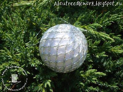 Елочный шар бисером