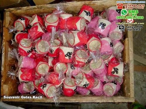 souvenir gelas kecil Clay Jakarta