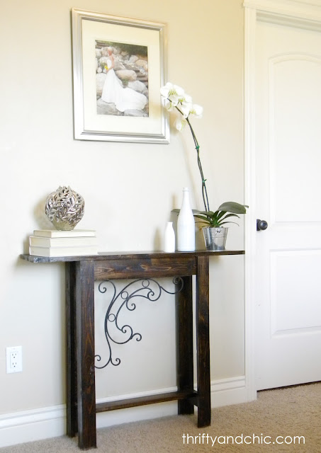Narrow Foyer Furniture : Thrifty and chic diy projects home decor