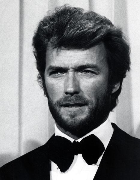 Estilo de Clint Eastwood no tapete vermelho