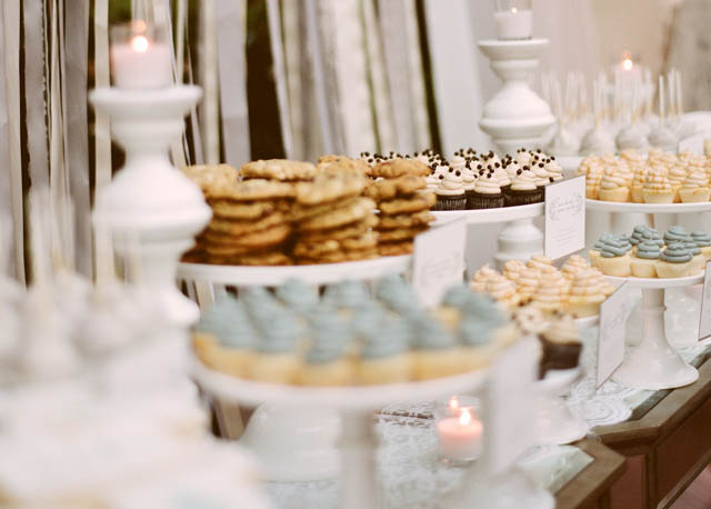 white dessert bar