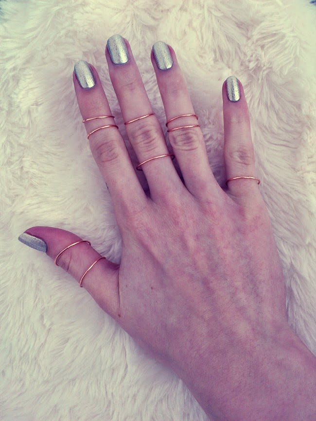 Knuckle Rings H&m, Nail Polish Wet'n Wild Going Platinum