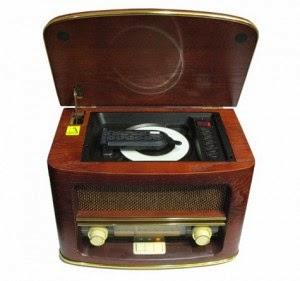 Ретро проигрыватель Camry CR1109 с приемником, CD, USB, MP3 в деревянном корпусе