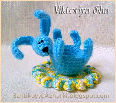 подставка для яйца на Пасху_вязанный пасхальный кролик своими руками