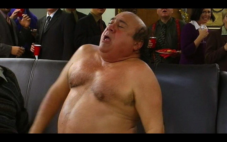 Danny devito naked always sunny