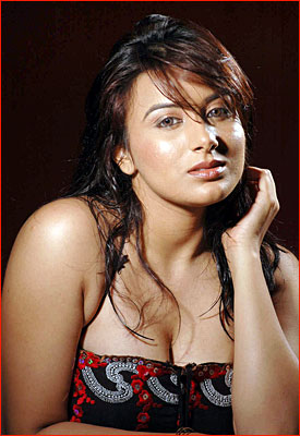 Tamil Actress Pooja Hot