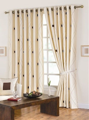 Modernos dise os de cortinas para dormitorios decorar for Cortinas de tela para dormitorios