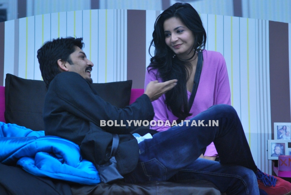 Shonali Nagrani 1 - Shonali Nagrani with boyfriend Shiraz Inside Bigg Boss house pictures