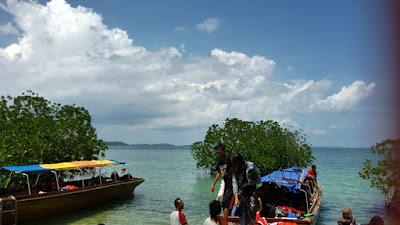 Pantai Pulau Abang | Tempat Wisata di Batam
