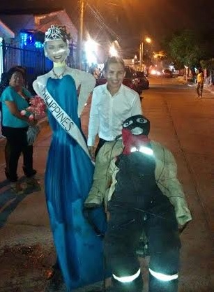 Colombian burns effigy of Pia Wurtzbach on New Year's eve
