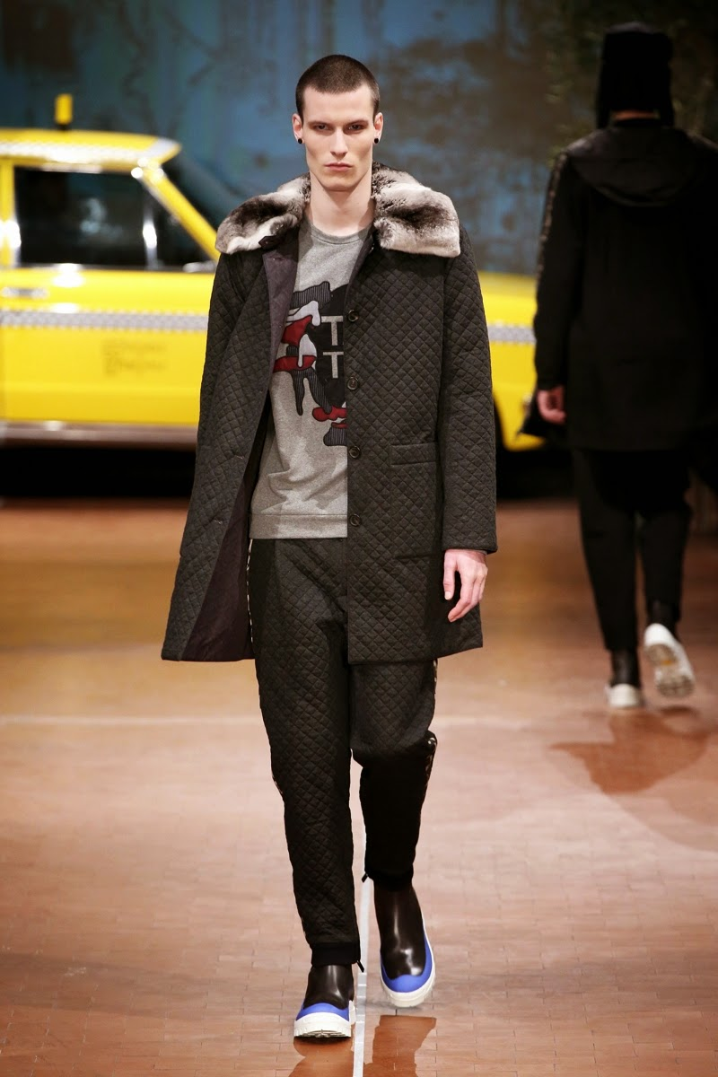 Antonio Marras AW15, Antonio Marras FW15, Antonio Marras Fall Winter 2015, Antonio Marras Autumn Winter 2015, Antonio Marras, du dessin aux podiums, dudessinauxpodiums, MFW, Pitti Uomo, mode homme, menswear, habits, prêt-à-porter, tendance fashion, blog mode homme, magazine mode homme, site mode homme, conseil mode homme, doudoune homme, veste homme, chemise homme, vintage look, dress to impress, dress for less, boho, unique vintage, alloy clothing, venus clothing, la moda, spring trends, tendance, tendance de mode, blog de mode, fashion blog, blog mode, mode paris, paris mode, fashion news, designer, fashion designer, moda in pelle, ross dress for less, fashion magazines, fashion blogs, mode a toi, revista de moda, vintage, vintage definition, vintage retro, top fashion, suits online, blog de moda, blog moda, ropa, blogs de moda, fashion tops, vetement tendance, fashion week, Milan Fashion Week