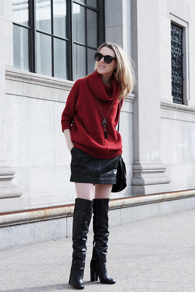 "Oversized sweater + Leather Skirt + OTK boots (by Victoria of ""The Wind of Inspiration"") #twoistyle #style #fashion #personalstyle #fashionblog #ootd #outfit #outfitoftheday #oversizedsweater #leatherskirt #otkboots"