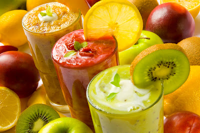 Nutrient-rich recipes for fruit smoothies help you to lose weight
