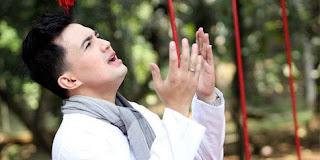 Sahrul Gunawan - Ramadhon Ya Romadhon (Feat. Ust. Subkhi Al Bugury)