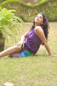 Mythili-hot-malayalam-Actress-6