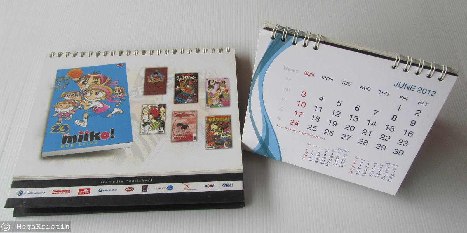 Diy Recycle Calendar : Recycle desk calendar to makeup daily inspiration mega