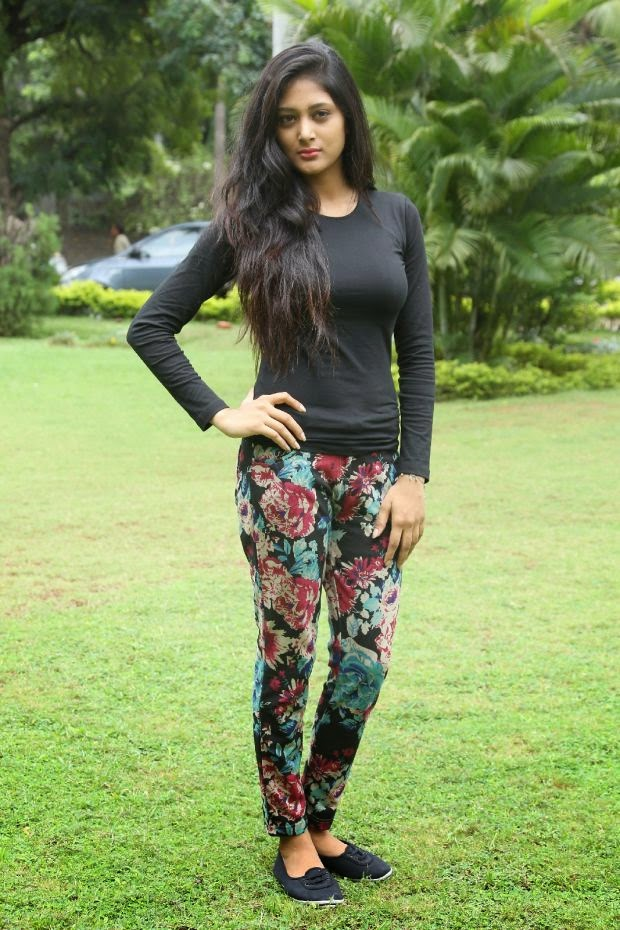 There Is No Such Telugu Actress Sushma Raj Hot Hd Wallpapers In