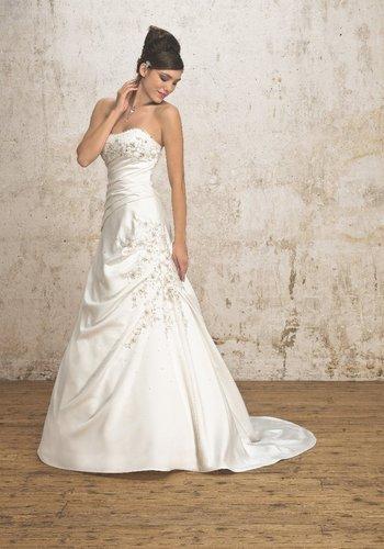 ... de mariage,robes de soirée et décoration: Robe de mariée Pronuptia
