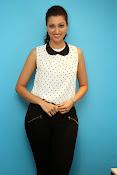 Hamsa Nandini Glamorous photos-thumbnail-19