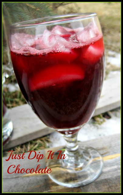 Very Berry Hibiscus Cooler, just like the one at the expensive coffee shop for only a fraction of the price!