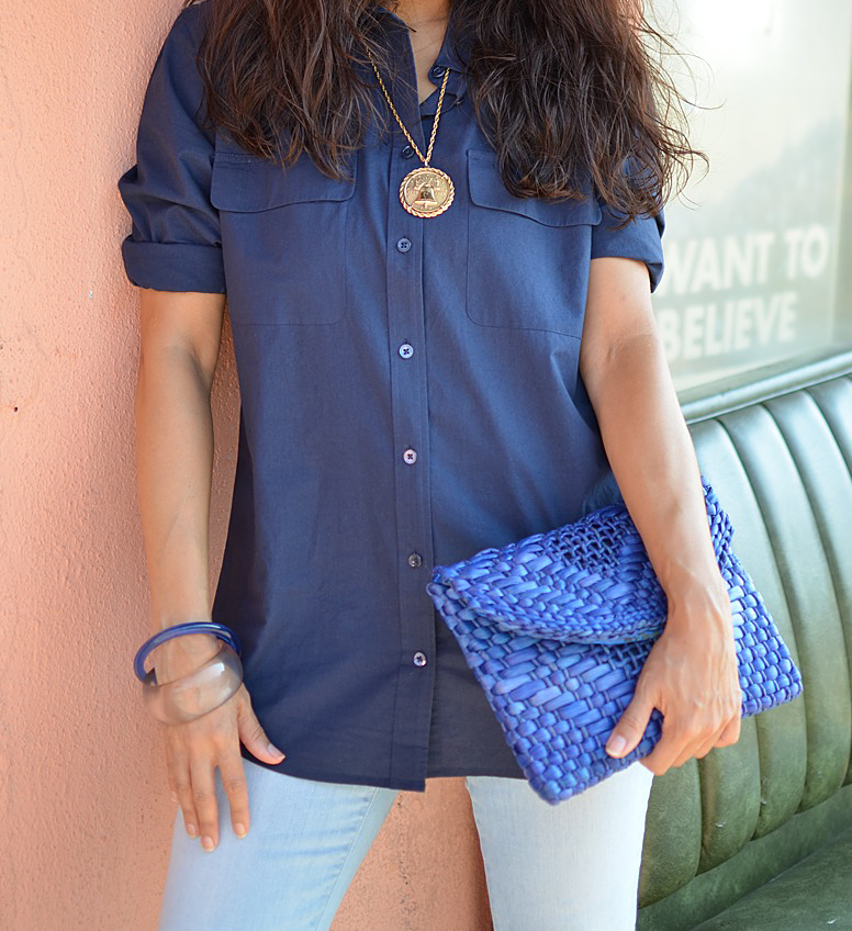 Navy blue shirt street style