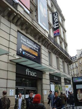 Loja FNAC  Paris - França