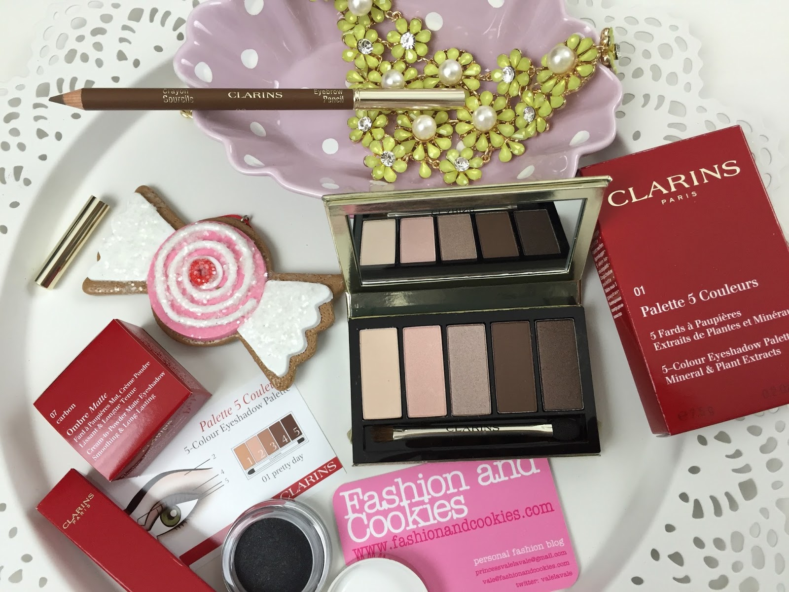 Clarins Pretty Day & Night collection for Fall 2015 on Fashion and Cookies fashion blog, fashion blogger style