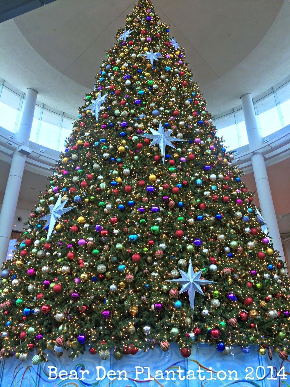 Two-story Christmas Tree at Mall at Millenia, first floor